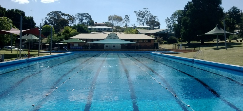 Castlemaine Swimming Pool - Central Victoria