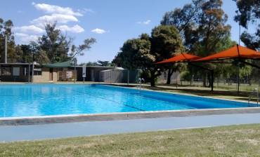 Harcourt_Swimming_Pool_960x440_pixels.jpg
