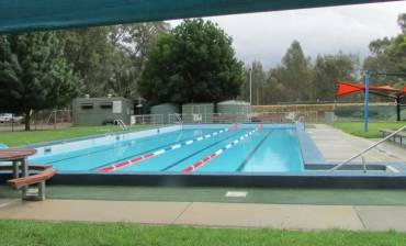 Newstead_and_District_Swimming_Pool_960x440_pixels.jpg